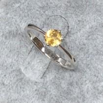 經典六爪鑲黃水晶戒